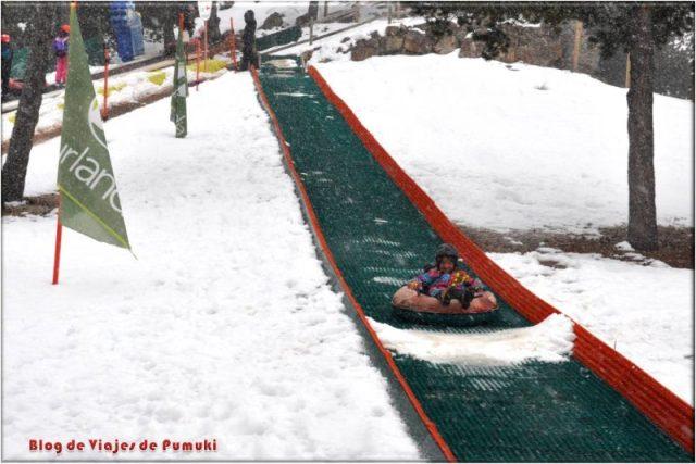 Parque de Nieve en la cota 2000m, otra de las atracciones en el parque temático de Naturlandia, Andorra