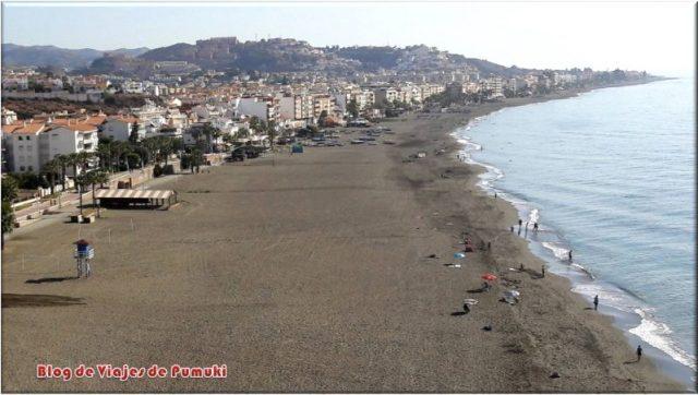 Vista aérea de la playa del Rincón de la Victoria.