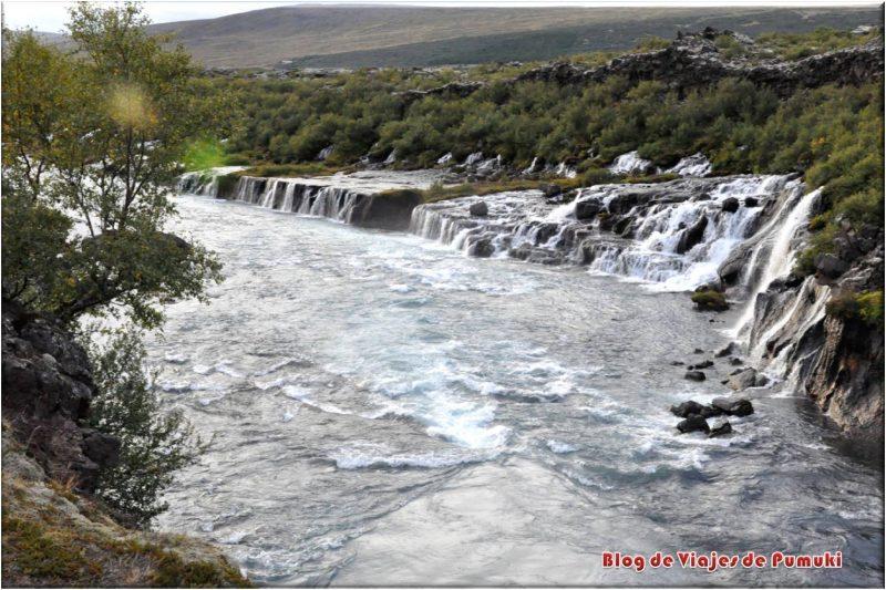 Cascada Barnafoss o del niño. Islandia