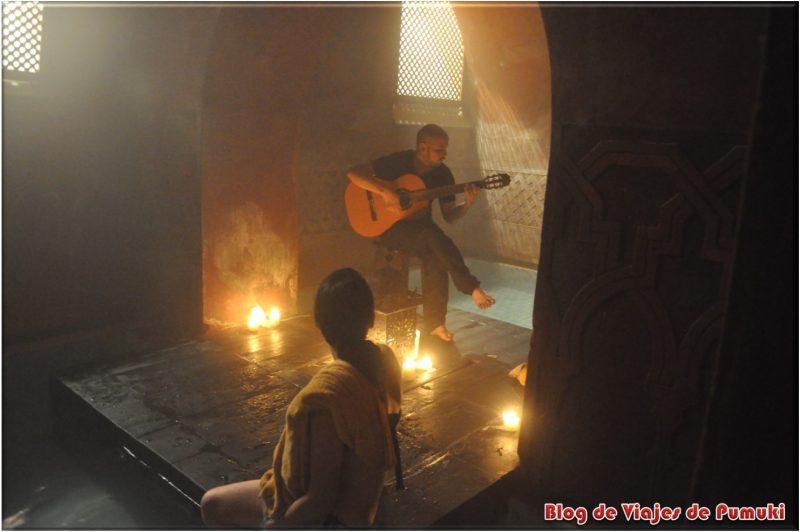 Relax y música de guitarra en el Hammam Al-Andalus en Madrid