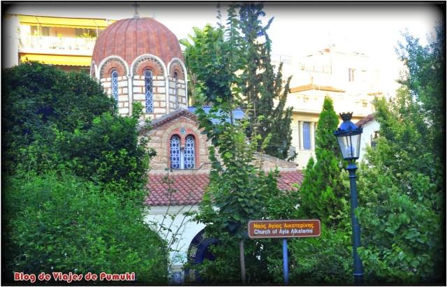 Iglesia de Santa Catarina en el barrio de la Plaka de Atenas
