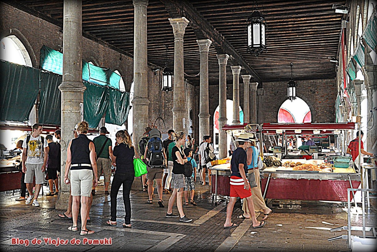 Mercado local de Pescado en Venecia