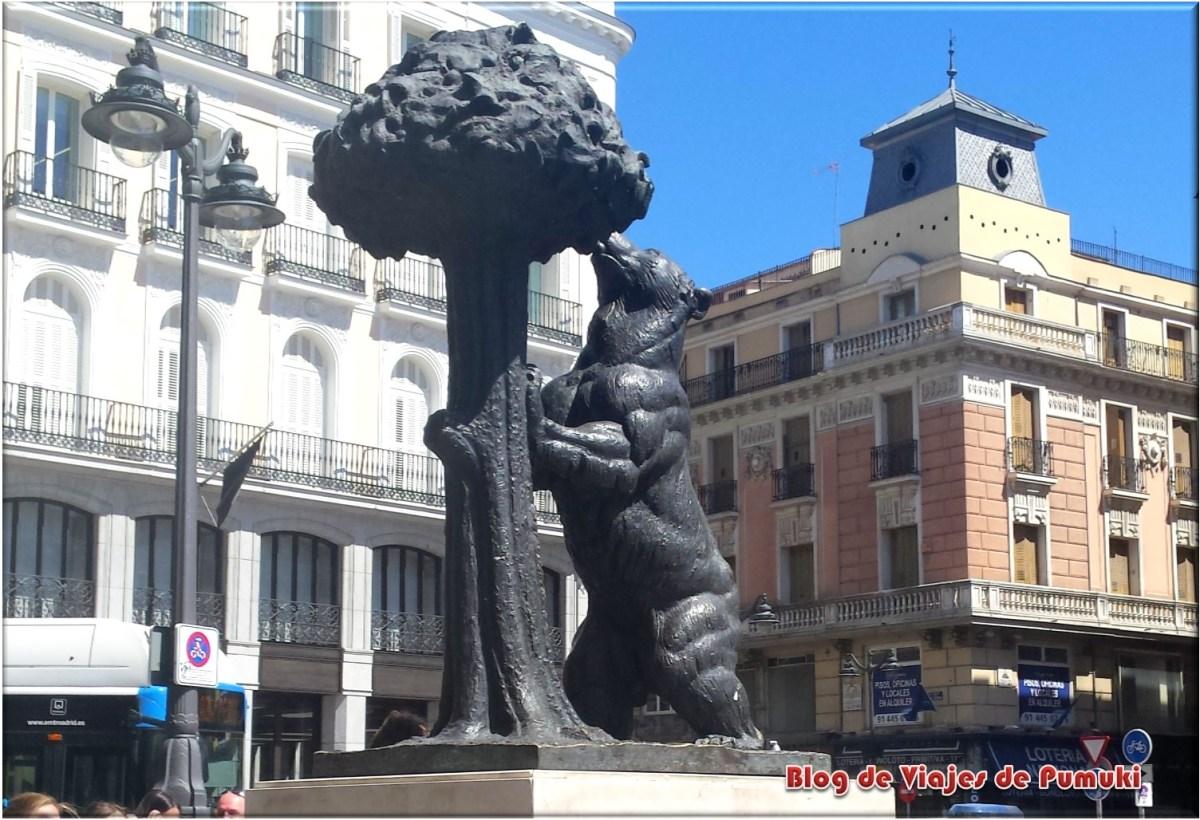 Estatua del Oso y el Madroño. Puerta del Sol, Madrid