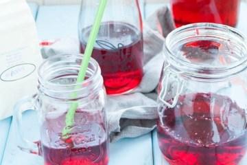 lemoniada z hibiskusa