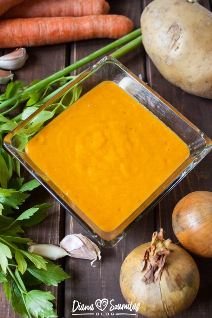 wegański sos serowy
