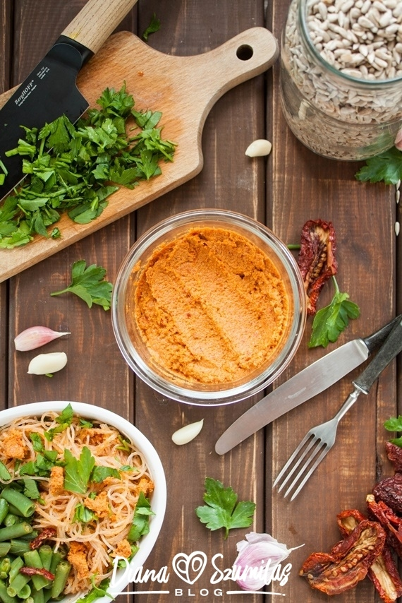 Najprostsze pesto pomidorowe