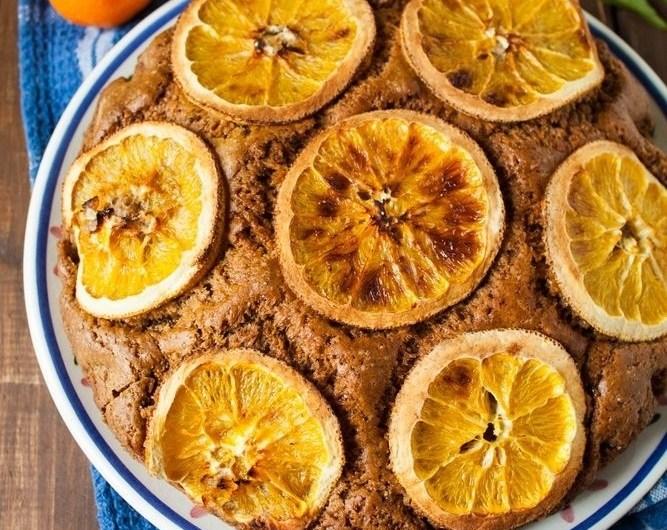 Półrazowe, pomarańczowe ciasto korzenne