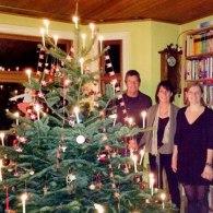 Tidligere studerende på besøg med sin familie til jul