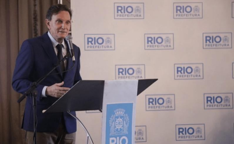 Prefeito do Rio Marcelo Crivella coloca filho de pastor da Universal para gerir publicidade