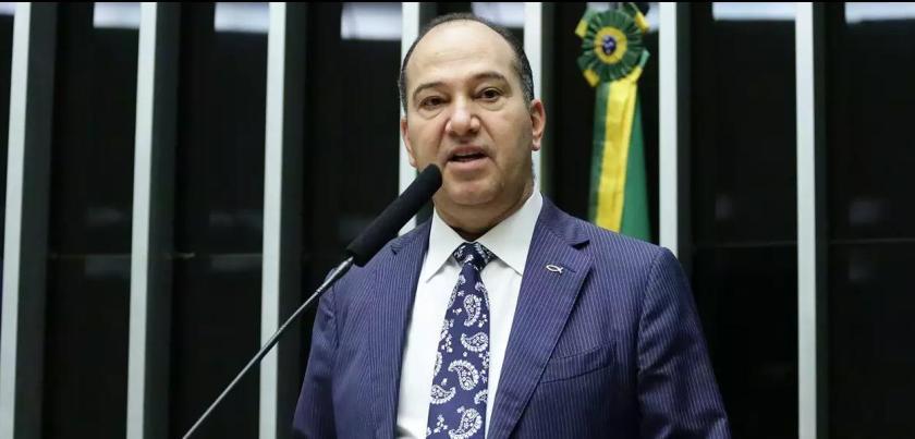 Subsecretário de Saúde Rômulo Coelho apagou foto com Pastor Everaldo