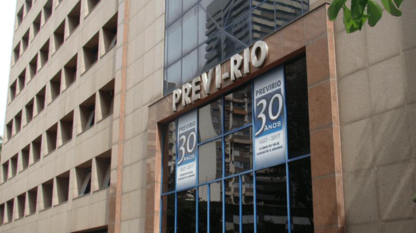 Servidores do Previ-Rio que ganham mais de R$ 20 mil já receberam 13º salário