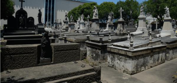 Cemitério Memorial do Carmo, um dos que são fiscalizados pela prefeitura do Rio