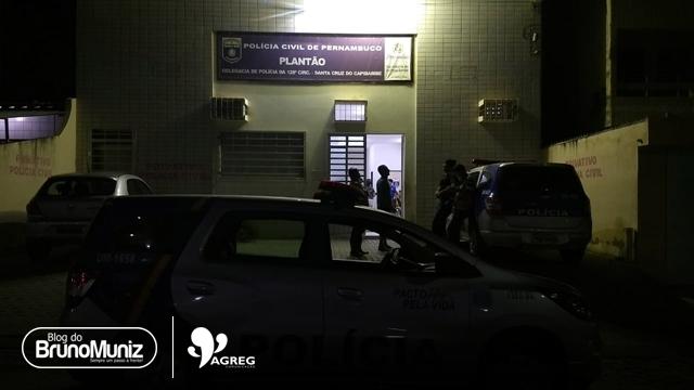 Jovem é preso após agredir esposa e danificar viatura da Polícia Militar
