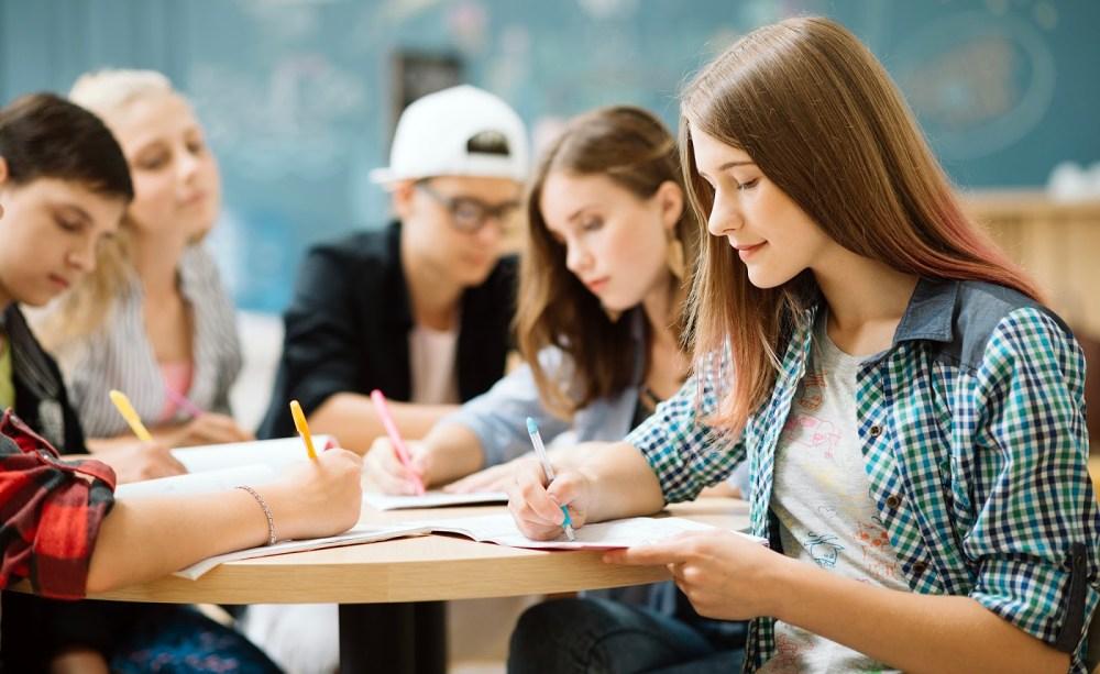 Estudantes inadimplentes poderão renegociar as dívidas com o Fies a partir do segundo semestre