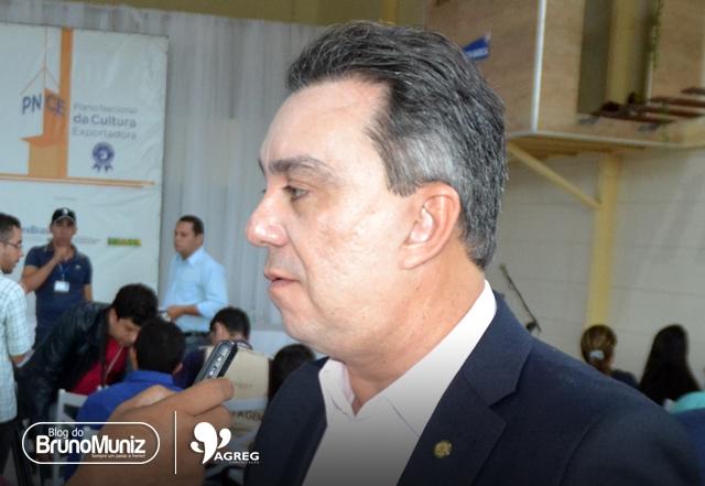 Deputado Ricardo Teobaldo sofre acidente na BR-232