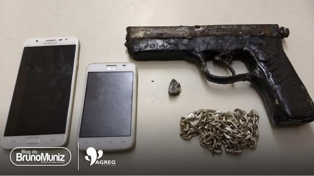 Adolescente é apreendido com arma de fogo, motocicleta e celulares roubados em Santa Cruz do Capibaribe