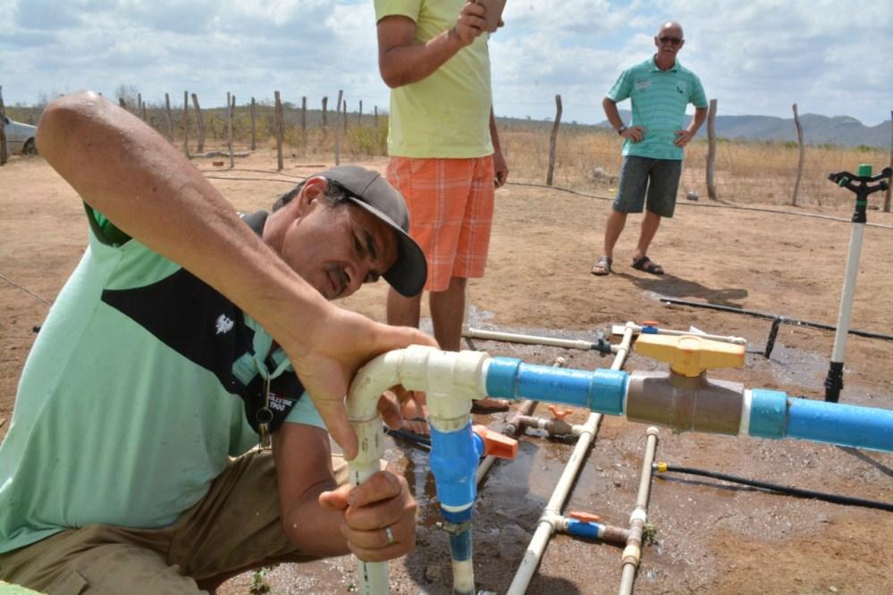 Prefeitura de Santa Cruz do Capibaribe realiza curso de irrigação por gotejamento gratuito para agricultores