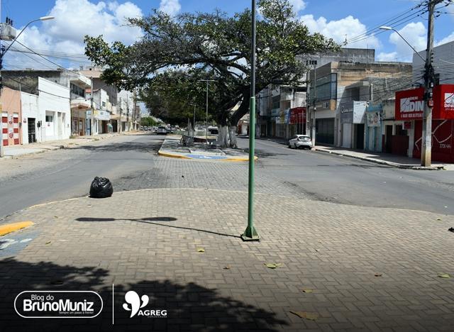 Guardas municipais de Santa Cruz do Capibaribe estão patrulhando a pé
