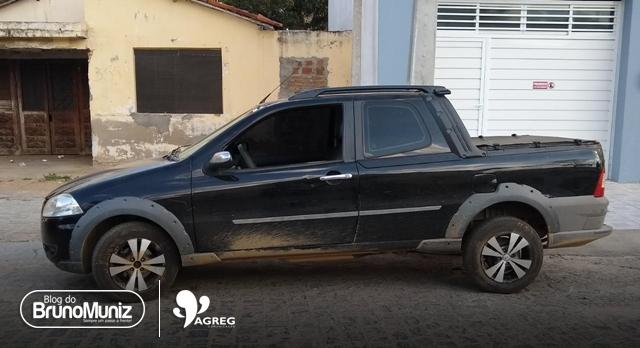 Veículo roubado com entorpecentes e mercadorias é recuperado no Agreste Pernambucano