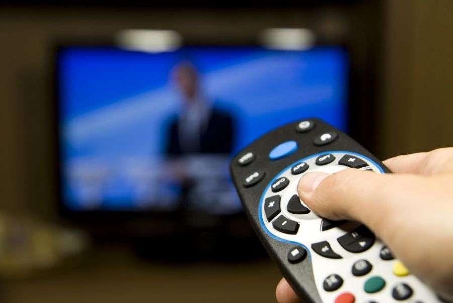 Propaganda eleitoral do 1° turno, nas emissoras de rádio e TV, termina hoje