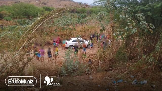 Motorista perde controle de veículo, ultrapassa canteiro central e cai em ribanceira em Santa Cruz do Capibaribe