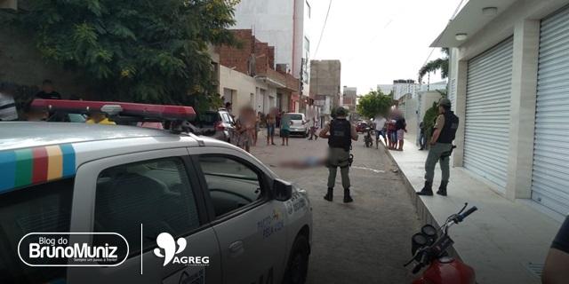 Homem é assassinado com vários disparos de arma de fogo na cabeça em Toritama
