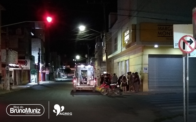 Acidente envolvendo duas motocicletas deixa três feridos no Centro de Santa Cruz do Capibaribe