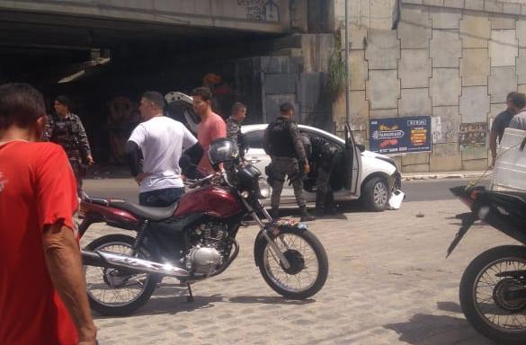 Homem rouba veículo em Santa Cruz do Capibaribe e acaba morto em Caruaru