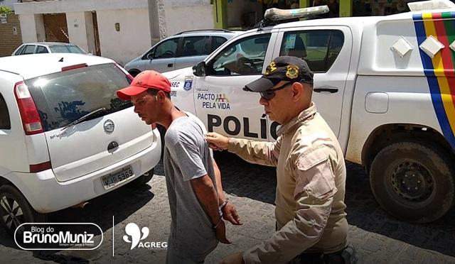 Ex-presidiário tenta assassinar mulher com foice e é preso em flagrante em Santa Cruz do Capibaribe
