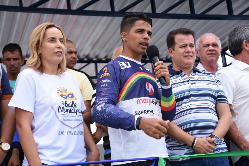 Prefeitura inaugura nova pista de bicicross em Santa Cruz do Capibaribe