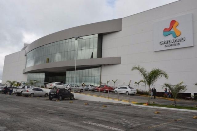 """Shopping realiza """"Black Folia"""" durante o período carnavalesco em Caruaru"""