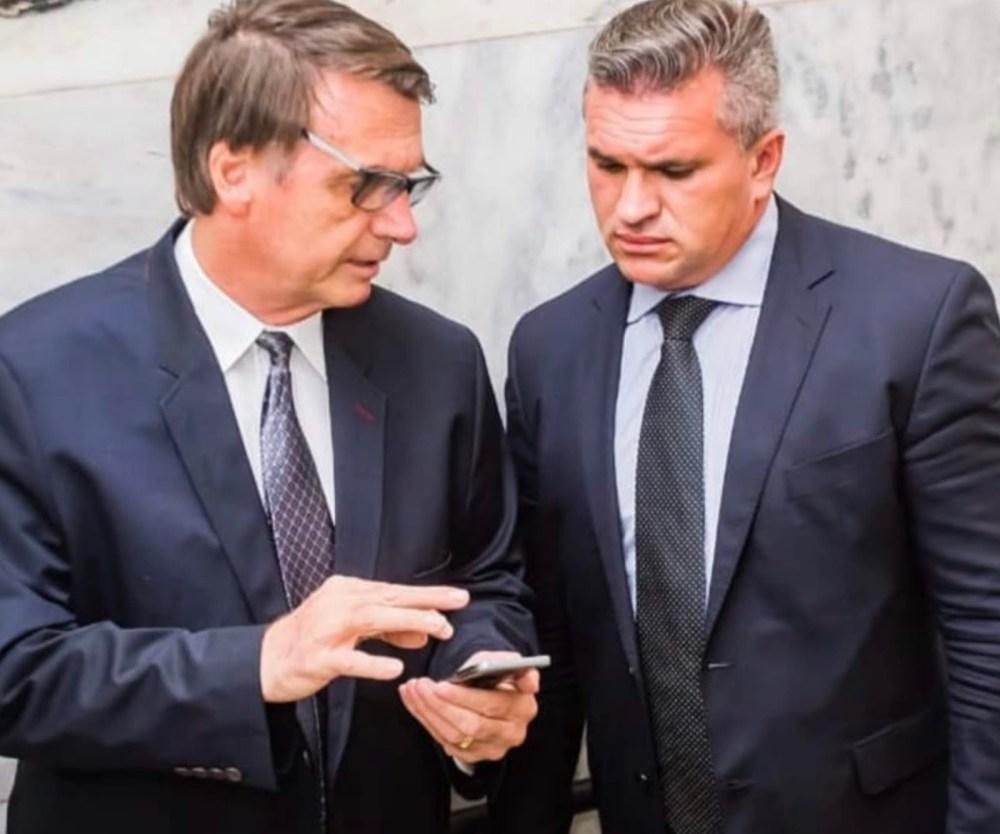 Coordenador de Bolsonaro no Nordeste e eleito deputado federal, Julian Lemos tem áudio vazado e expõe troca de cargos por votos para aprovação da Previdência
