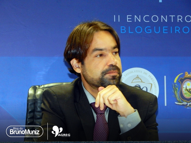 """""""Somos campeões de segurança em Pernambuco"""", diz Diogo Moraes no programa Oposição em Ação"""