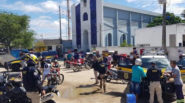Operação da Polícia Rodoviária Federal recolhe 72 veículos irregulares no Agreste de Pernambuco