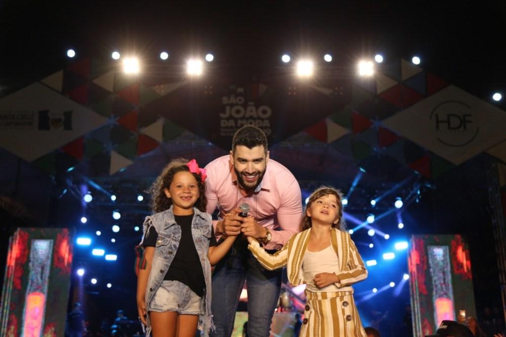 Na véspera do São João, embaixador lota Arena do São João da Moda