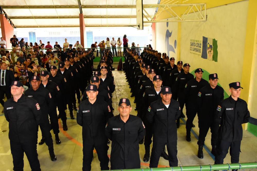 Prefeitura de Santa Cruz do Capibaribe realiza formatura para 70 novos Guardas Municipais