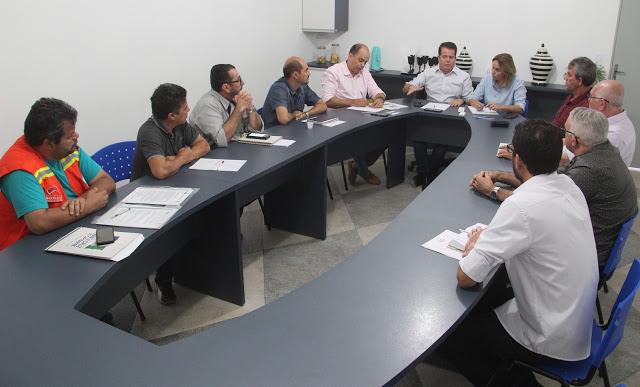 Entidades discutem soluções para minimizar prejuízos causados por interdição de ponte em Santa Cruz