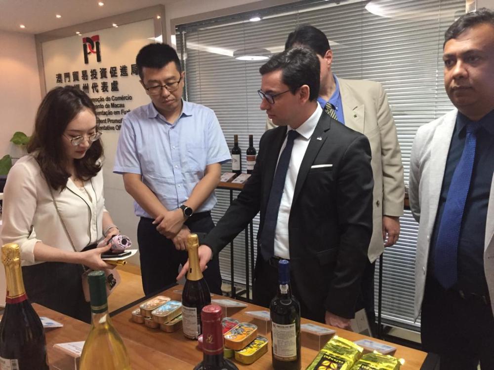 Potencial do café de Triunfo e de Taquarintinga do Norte é apresentado na China