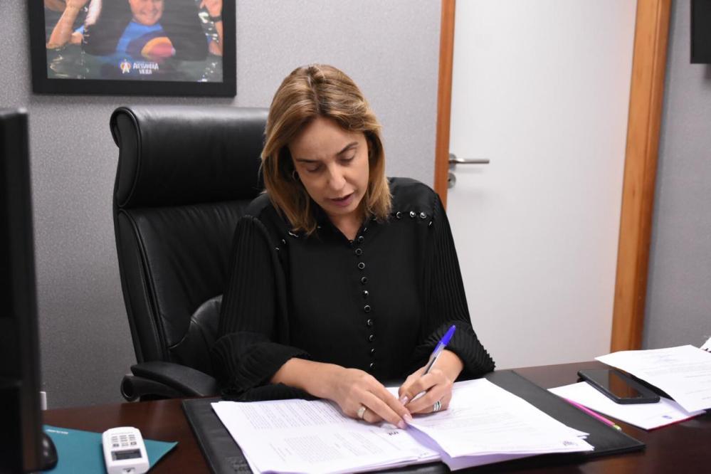Alessandra Vieira faz novo pedido de reforço no abastecimento de água em Santa Cruz do Capibaribe