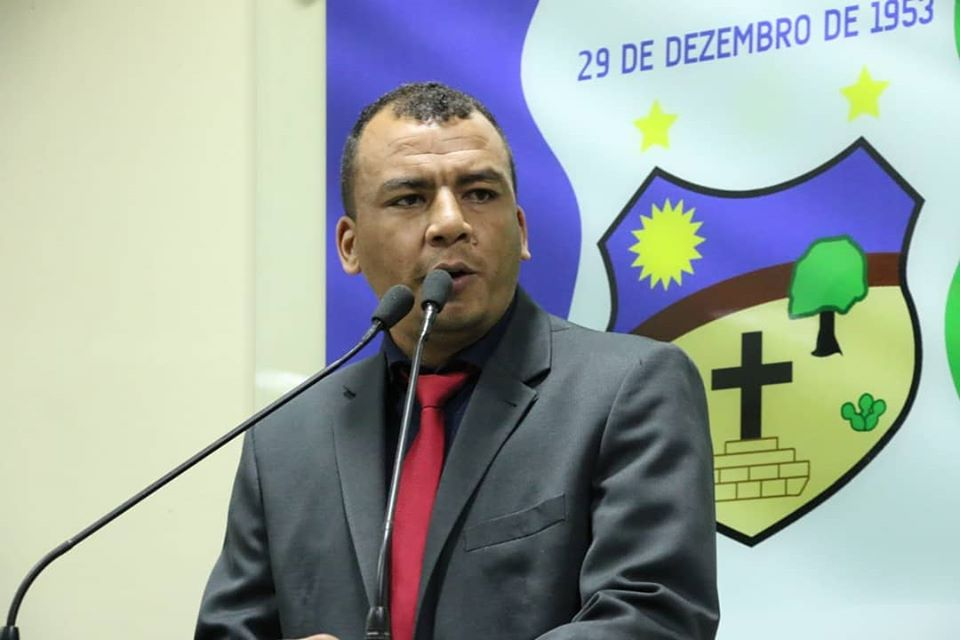 """Vereador Capilé compara Edson Vieira a 'desastre da natureza' e sustenta: """"tá na hora de dar um basta"""""""