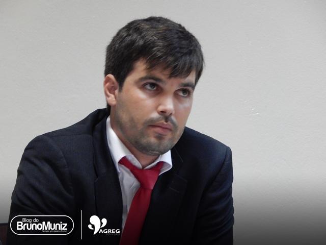 Helinho Aragão ainda não decidiu por qual sigla disputará reeleição de vereador