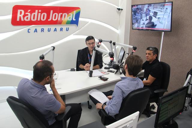 Alta temporada no Polo de Confecções é tema de debate em emissoras de rádios de Caruaru