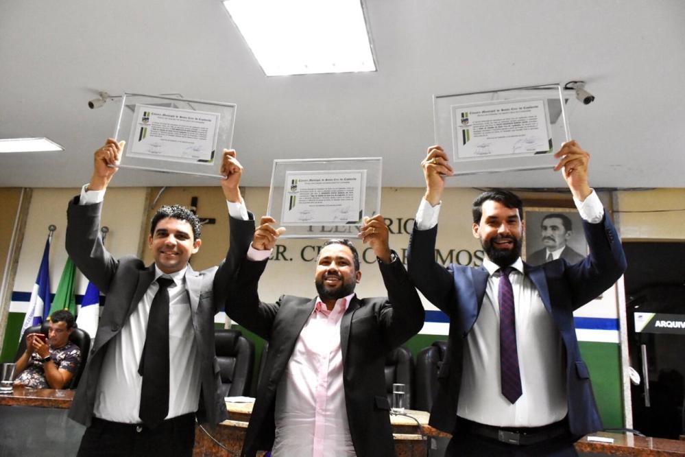Reconhecimento – Integrantes da Rádio Polo são agraciados com Título de Cidadão