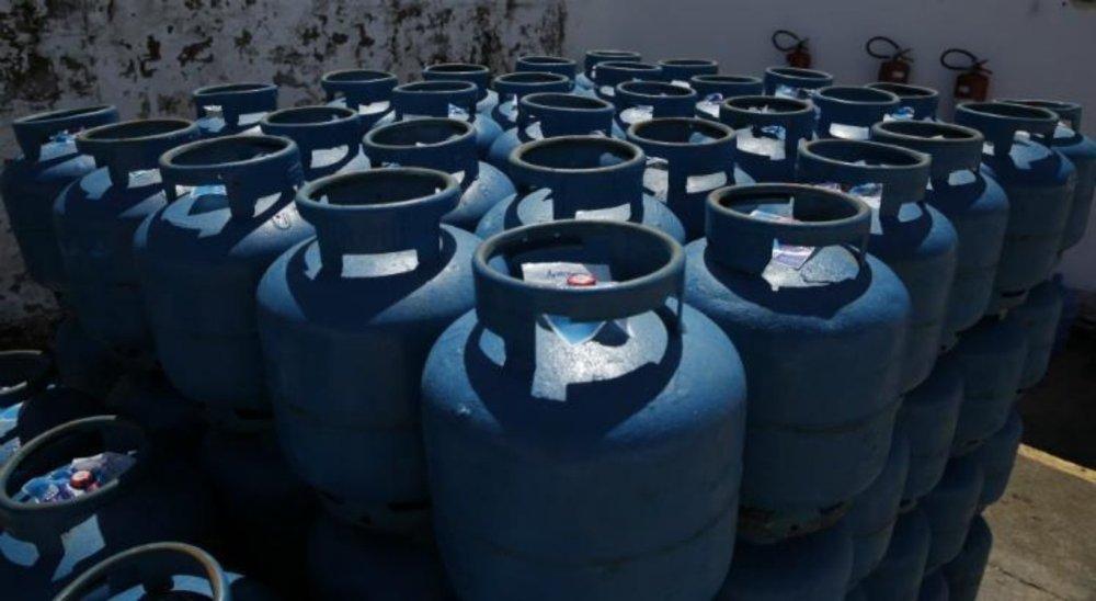 Preço de gás de cozinha deve aumentar cerca de 5% a partir desta sexta