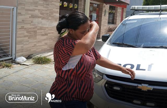 Mulher é presa após furtar mercadorias no Moda Center Santa Cruz