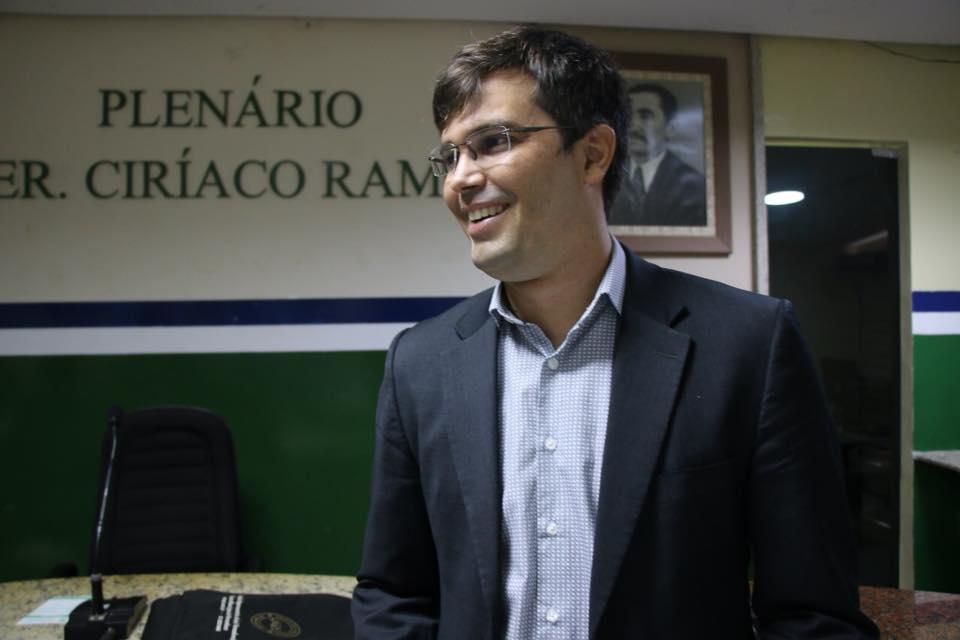 7 vereadores oposicionistas declaram apoio a candidatura de Helinho Aragão