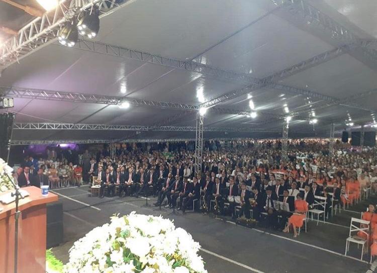 UMADESC atrai centenas de pessoas com programação religiosa