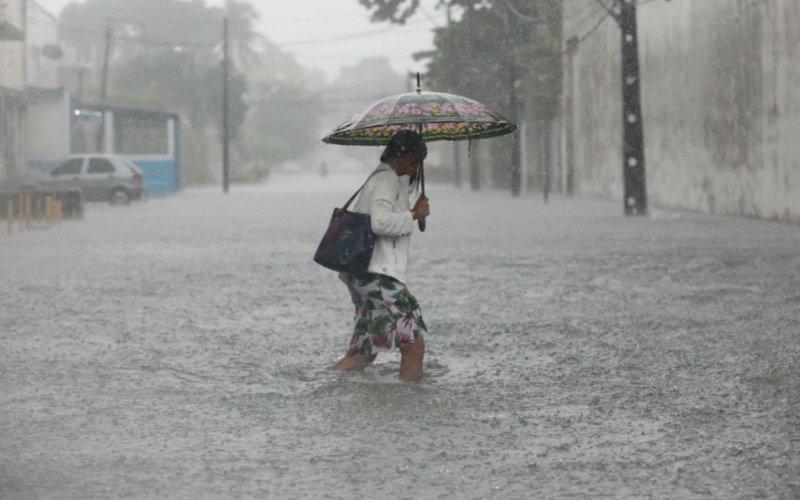 Apac emite alerta de chuvas que podem ultrapassar 150 mm em Pernambuco