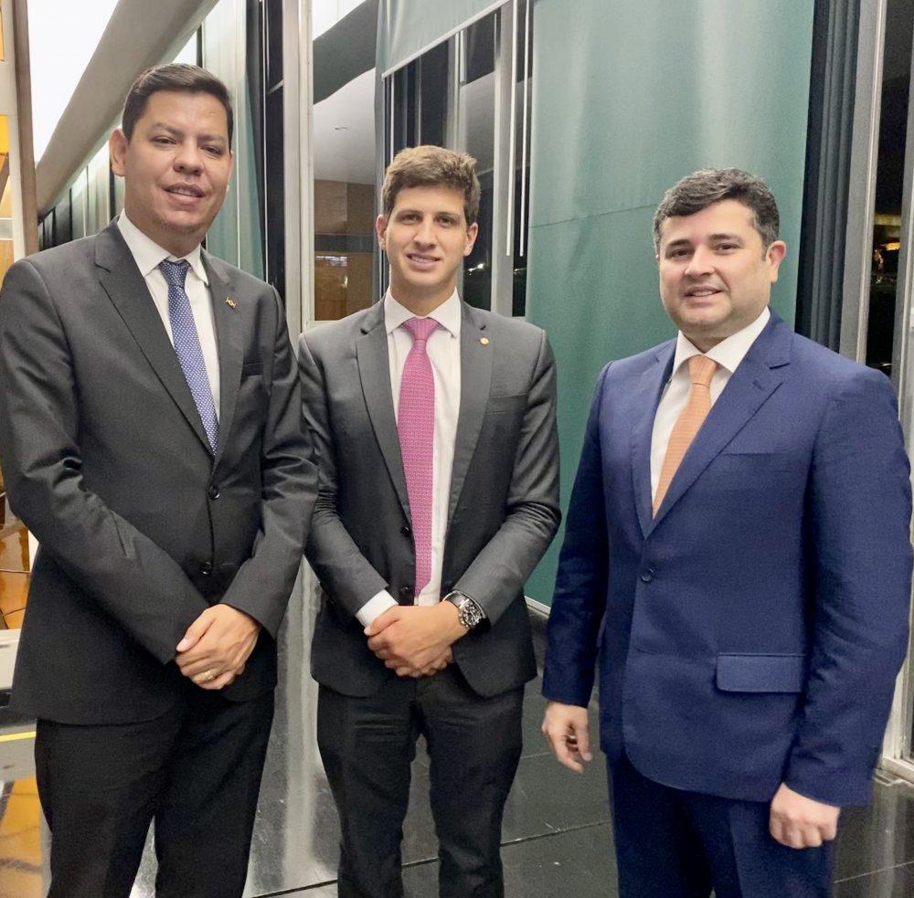 Eduardo da Fonte e João Campos teriam firmado acordo para viabilizar candidatura de Fernando Aragão, aponta Blog do Alberes Xavier