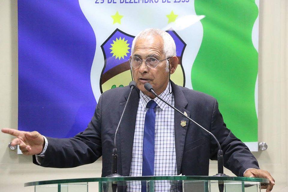 Vereador Zé Minhoca destaca chegada de novas ambulâncias a Santa Cruz do Capibaribe